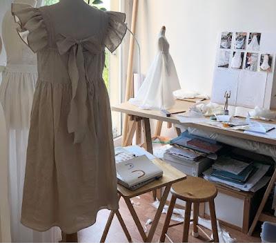 Fabrication robe de mariée en atelier