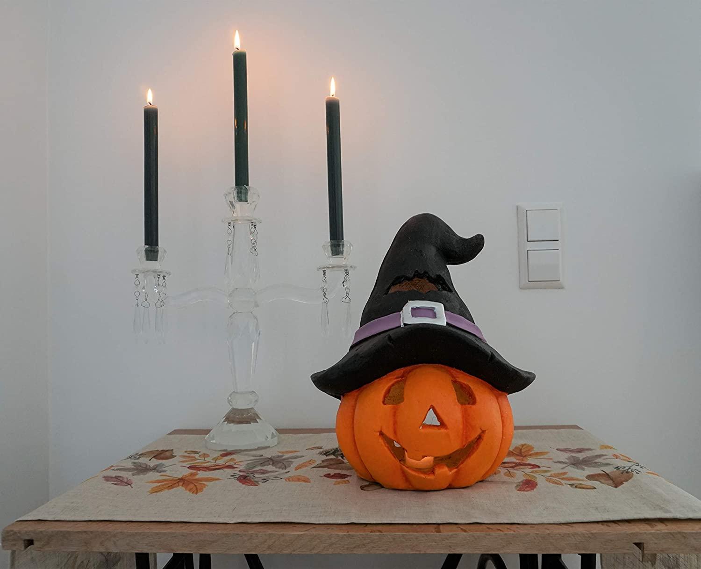 Halloween pumpkin with hat-uptodatedaily
