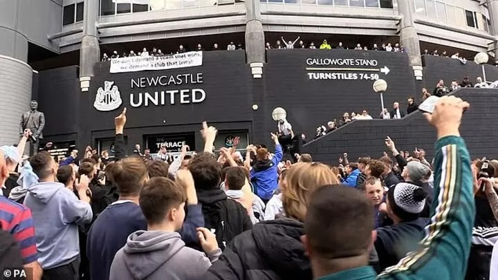 Newcastle ticket for home game against Tottenham sold out following Saudi-led takeover