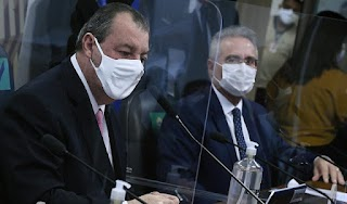 Batendo Cabeça: Omar Aziz não concorda com Renan Calheiros sobre acusações contra o Presidente Bolsonaro