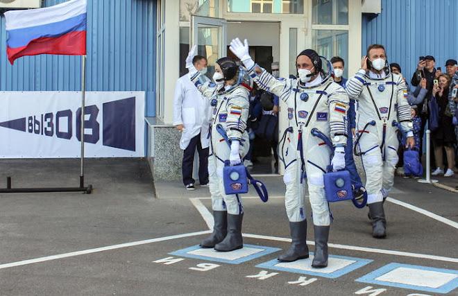 E' russo il primo film girato nello spazio, la troupe è tornata sulla Terra