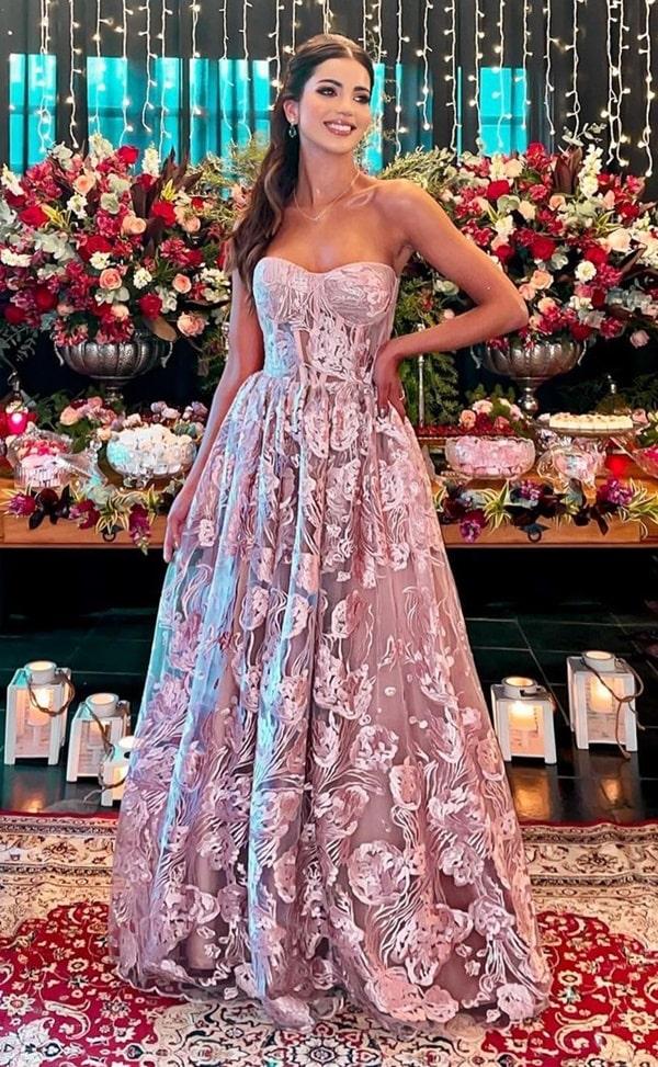 vestido longo rosa estilo princesa para madrinha de casamento