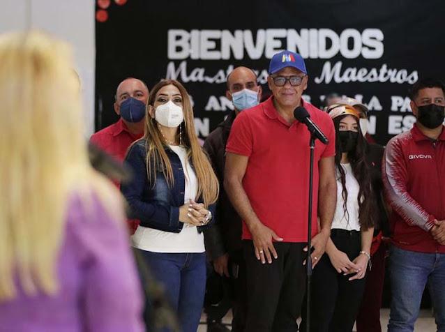 JORGE RODRÍGUEZ: BORRELL VIOLÓ CONVENIO FIRMADO CON EL CNE