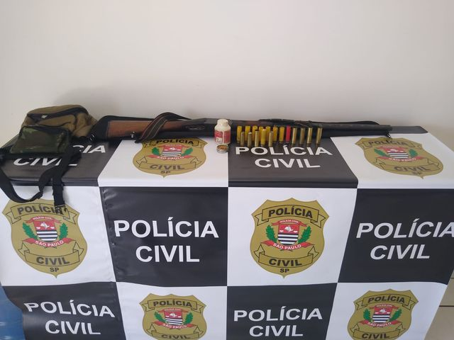 Polícia Civil autua homem por posse de arma no Vale do Ribeira