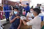 Polairud Gelar Vaksinasi Massal di Kampung Kurnia Belawan