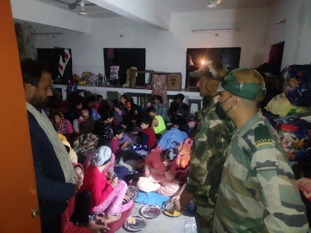 दुर्ग के यात्रियों को सुरक्षित बाहर निकालने एवं देखरेख के  मिशन राहत पर तेजी से काम