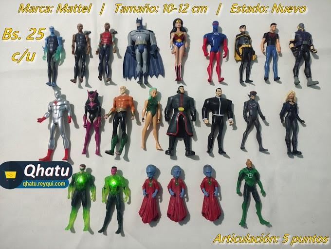 Mattel: Figuras diferentes de DC