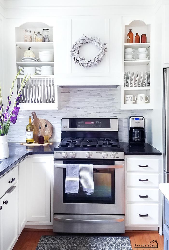 DIY - Plate rack inside the cabinet