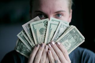 mendapatkan uang dengan mudah
