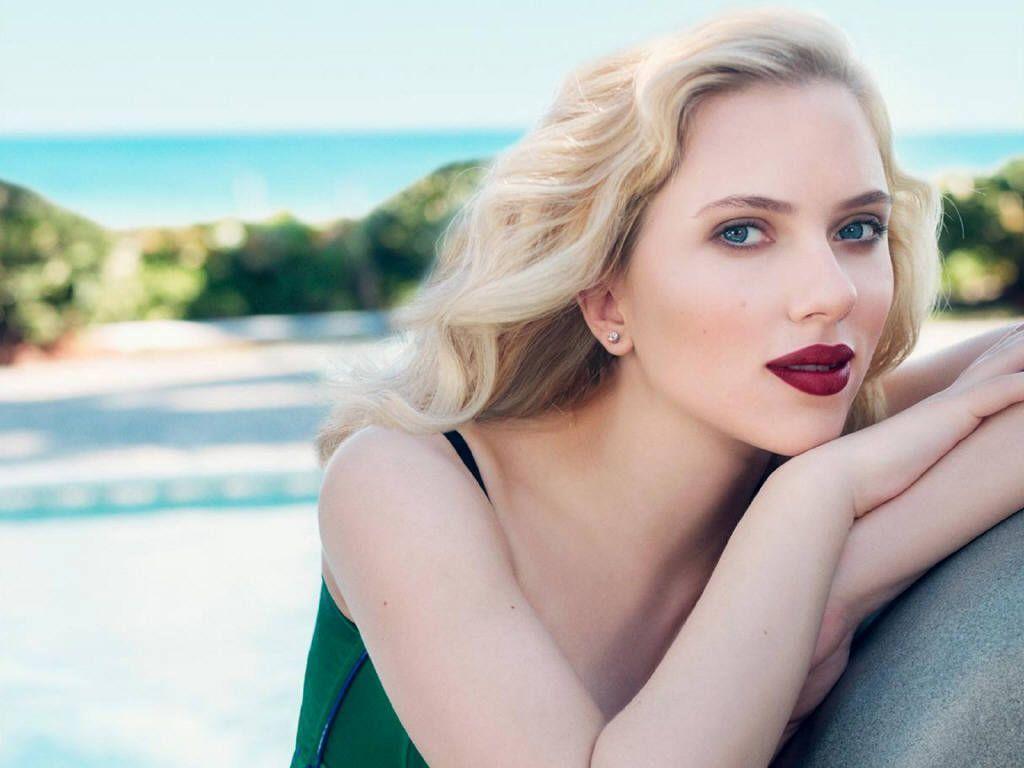 Scarlett Johanson at Beach