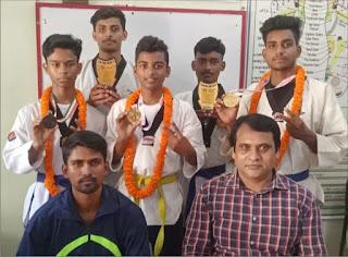 इण्डो नेपाल ताइक्वाण्डो प्रतियोगिता में जौनपुर के 2 खिलाड़ियों ने जीता स्वर्ण पदक  | #NayaSaberaNetwork