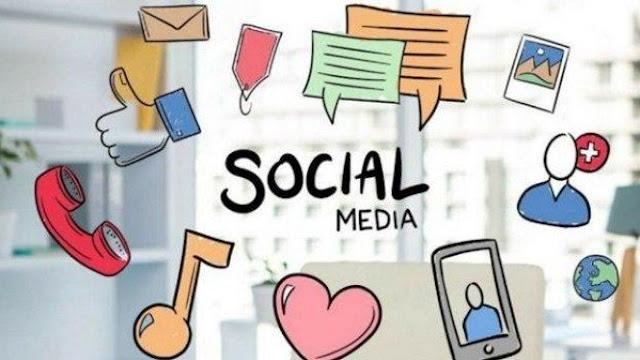 Sudah tidak asing lagi sekarang ini, bahwa internet memberikan kemudahan dan keuntungan bagi semua pihak yang bisa memanfaatkanya. Katakan saja Anda seorang pebisnis, keberadaan media sosial yang terhubung dengan internet sangat membantu Anda dalam menjangkau banyak konsumen yang ada di luar batas teritorial bisnis Anda.