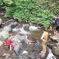 Geger ! Warga Sindanglaya Temukan Mayat Tanpa Identitas Di Sungai Cisarua