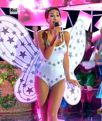 Federica Nargi interpreta Daniela Goggi farfalla Tale e Quale Show 8 ottobre