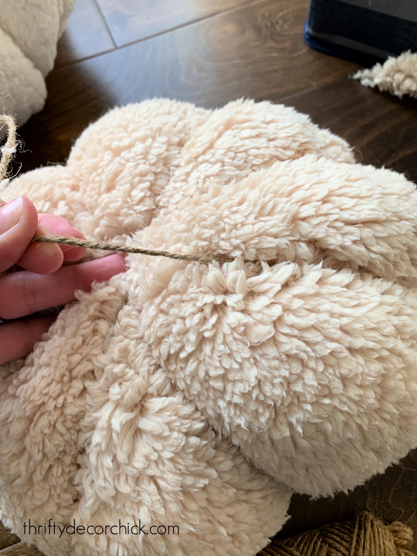 fluffy fabric DIY pumpkin tutorial