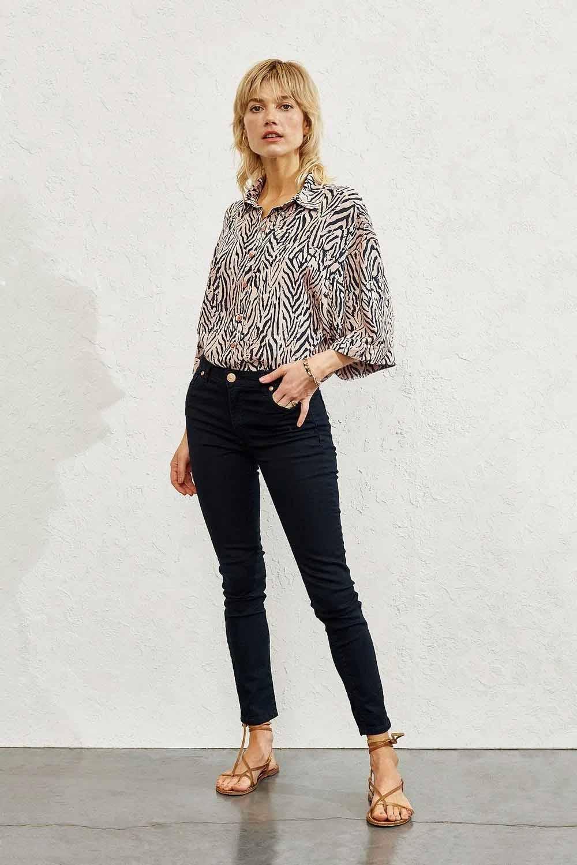 pantalon chupin mujer 2022 moda verano