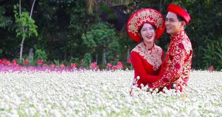 Man Dinh Hong Flower Garden