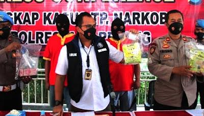 Polisi Amankan Teh China Isi Sabu Senilai Rp 760 Juta, dari Malaysia