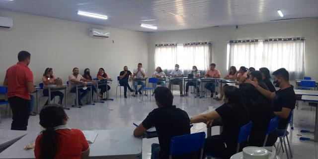 Conselheiros tutelares de Caraúbas participam de encontro na cidade de Campo Grande