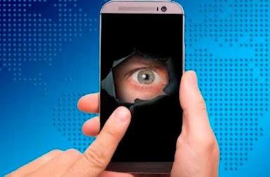 لتطبيق الجديد فقط إفتحه وسيفضح لك جميع التطبيقات التي تتجسس عليك في هاتفك