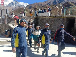 Sdrff rescued pilgrim from kedarnath