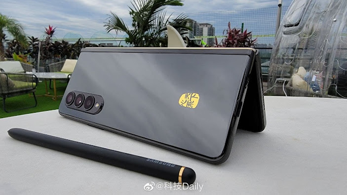 Galaxy W22 5G First Look and Design revealed: Video Leaks