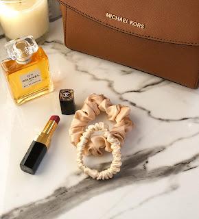 Шелковые резинки для волоса: красота и польза.