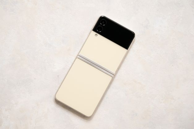 User Guide, How to Express Yourself with Galaxy Z Flip3 5G, Galaxy Z Flip3 5G, Samsung Galaxy Z Flip 3, Samsung Malaysia, Samsung, Tech, Lifestyle
