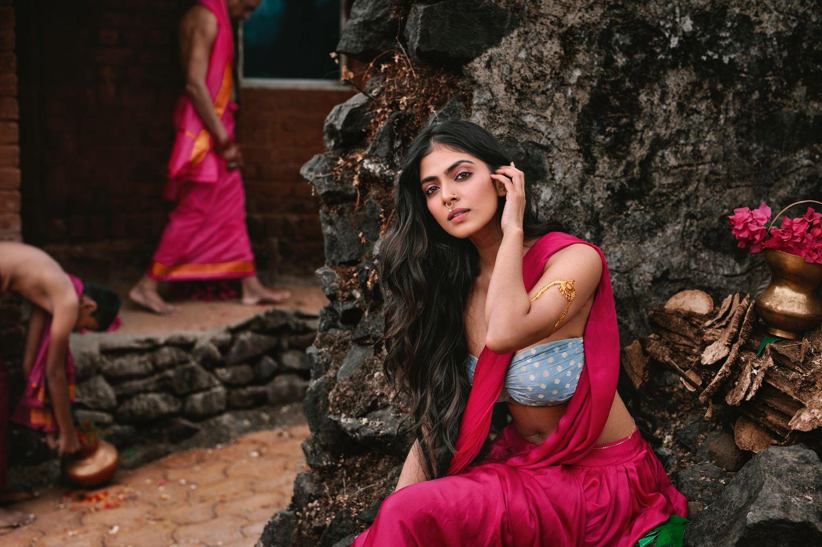 Malavika Mohanan hot photos in apsara dress