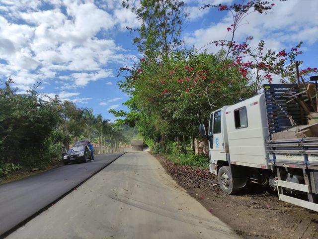 Governo de SP inicia a recuperação da vicinal que dá acesso ao bairro Barra do Braço, em Eldorado