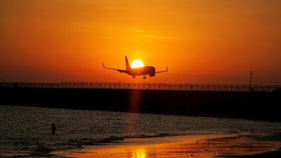 Aturan Baru PPKM, Naik Pesawat Wajib Tes PCR