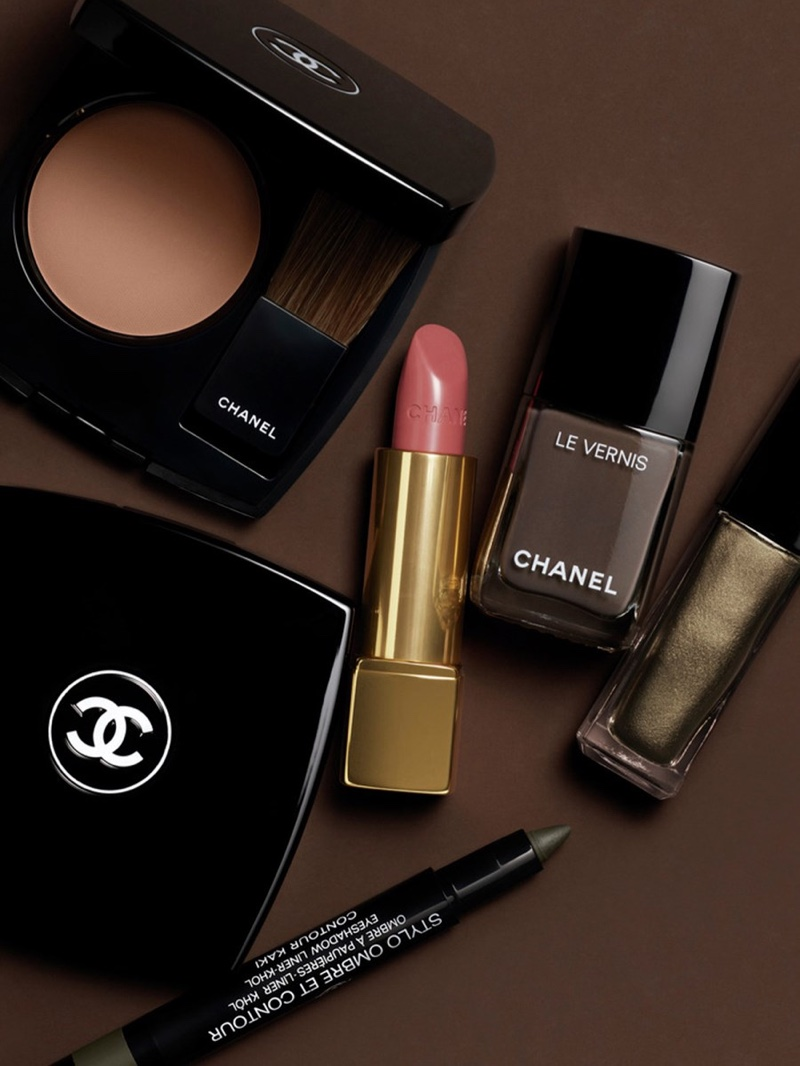 Chanel Makeup fall 2021 collection.
