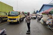 Cegah Kemacetan dan Lakalantas, Personel Polsek Cikande Laksanakan Pelayanan Gatur Lantas Pagi dan Sore Hari