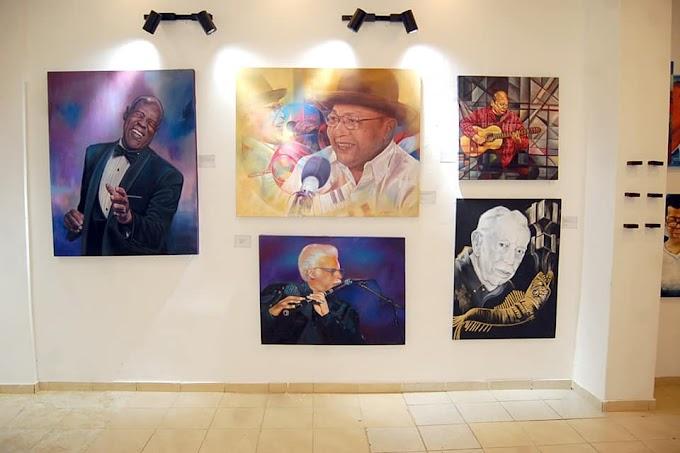 "Pintor Wilkins Terrero nativo de Cambita encabeza artistas visuales rinden homenaje a personalidades en colectiva ""Resiliencia 19"""