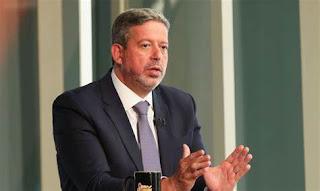 Brasil não pode tolerar gasolina a quase R$ 7 e o gás a R$ 120, diz Lira sobre política da Petrobras