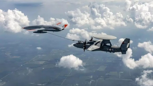 Drone MQ-25 Stingray Sukses Ngisi Bahan Bakar Pesawat Hawkeye Di Langit