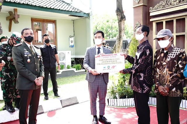 Bantuan Renovasi Rumah Tak Layak Huni di Tengah Peringatan HUT TNI ke-76