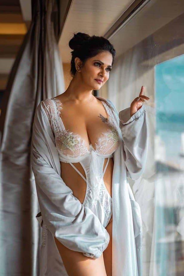 Actress Aabha Paul Latest Hot Cleavage Stills