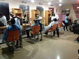 WHAT? Barber Cuts Customers' Hair With Axe (Photo)