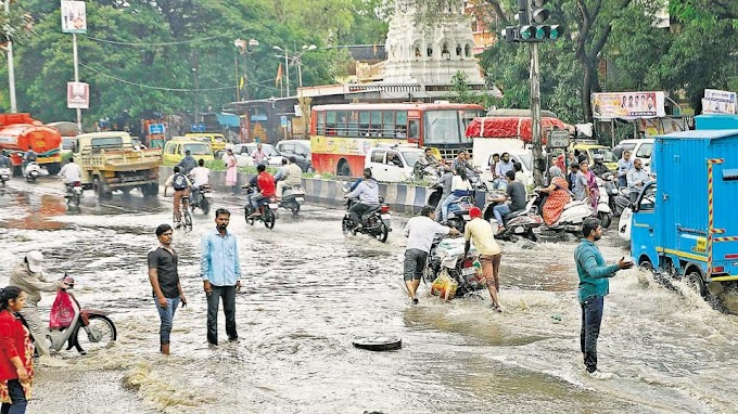 About 300 tourists stuck at Pune airport due to waterlogging, traffic jam