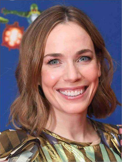 Laura Main Net Worth, Income, Salary, Earnings, Biography, How much money make?