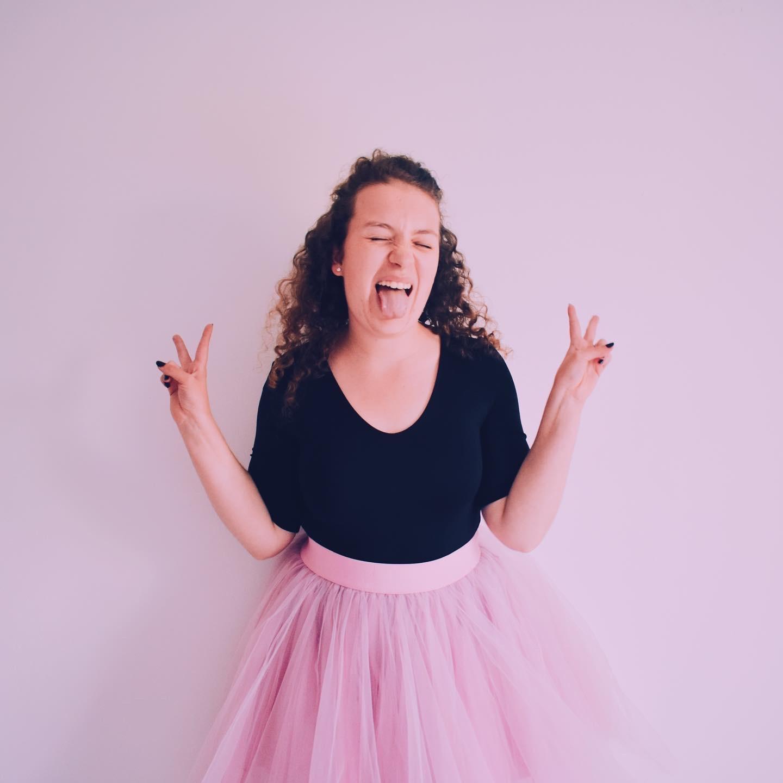 Ik in een roze tutu en een zwarte body helemaal gelukkig omdat het mijn verjaardag is.
