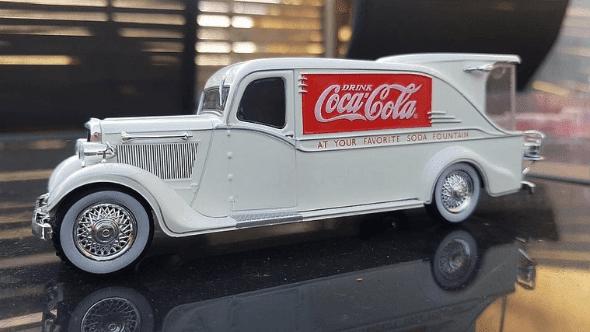 dodge kh-32 streamline 1:43 coca cola, camions et camionnettes coca-cola 1:43 altaya