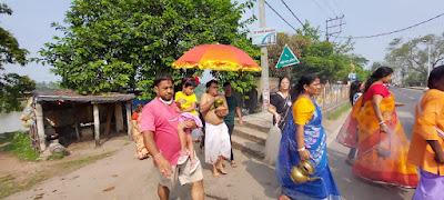 আজ মহসপ্তমী, নবপত্রিকাকে স্নান করিয়ে কলা বৌকে প্রতিষ্ঠা