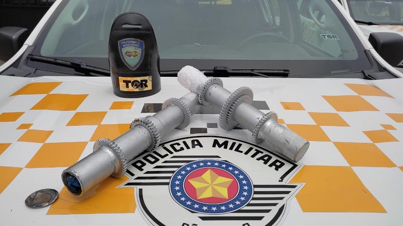Polícia Rodoviária prende casal que transportava cocaína em peças de máquinas industriais