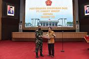 Mabes TNI Terima Bantuan Susu Dari PT Cisarua Mountain Dairy