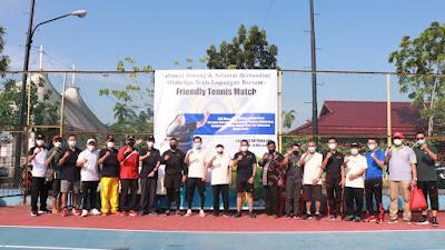 Bupati Tanjab Barat Membuka Secara Resmi Friendly Match Tenis Lapangan