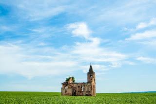 Church Isolated - Photo by sergio souza on Unsplash
