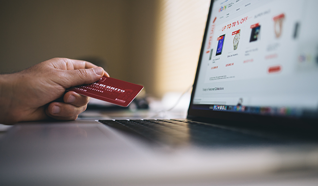 10 Rekomendasi Strategi Bisnis - Memanfaatkan Digitalisasi Untuk Menjangkau Pelanggan