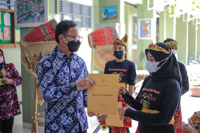Grup Musik Tradisional SMPN 1 Bogor Raih Emas di FLS2N